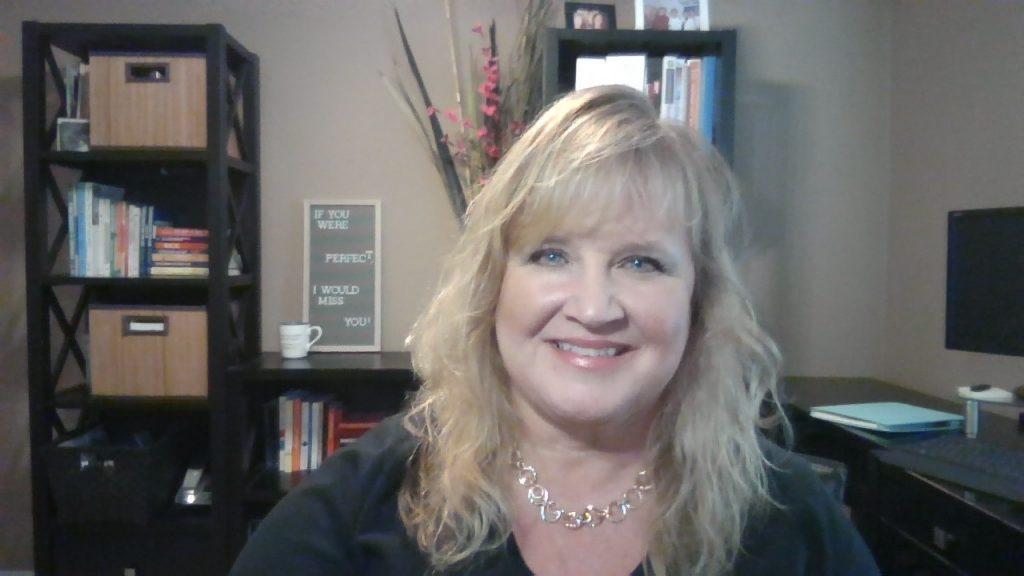 Lynne Edris smiling